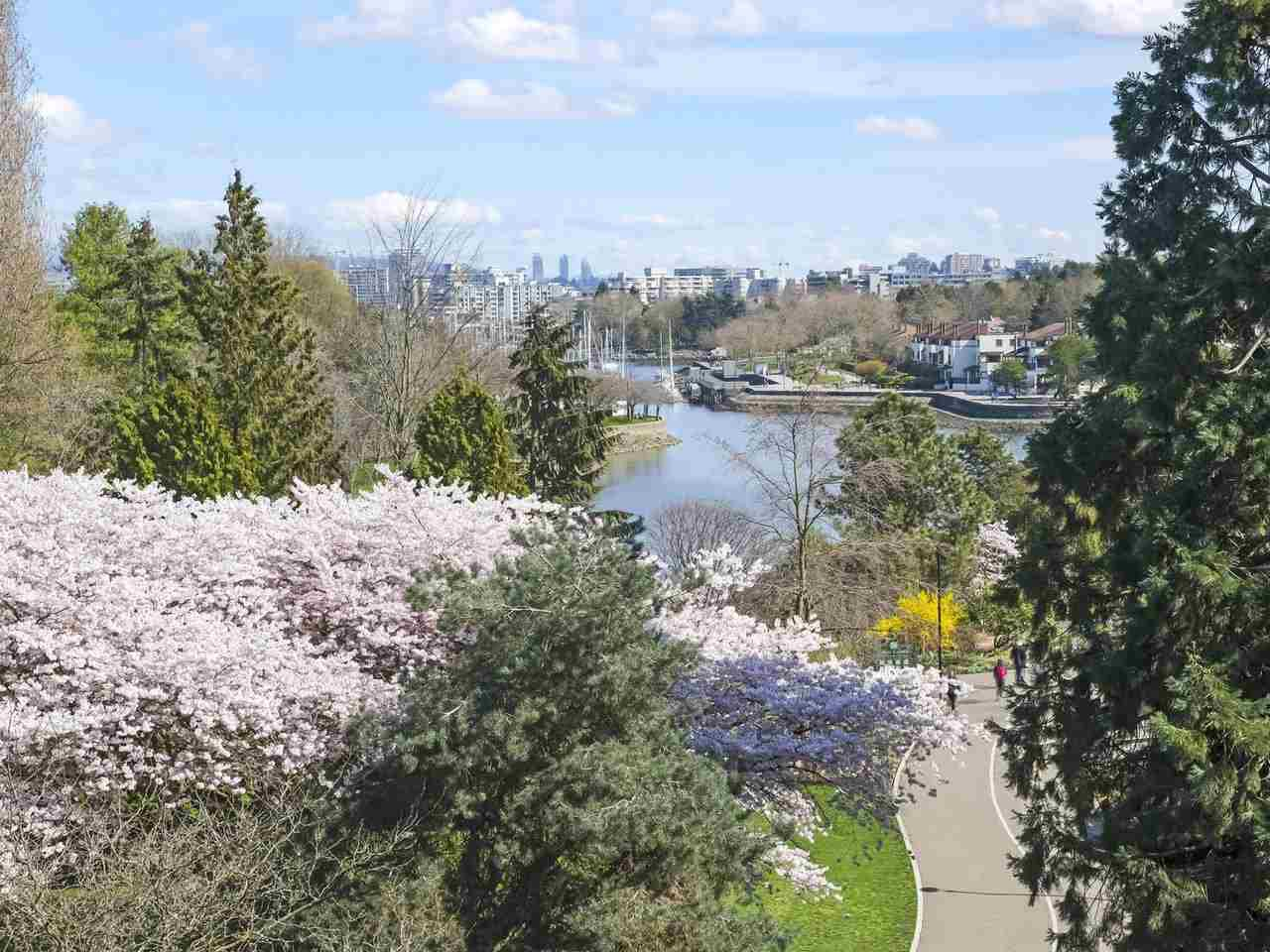 Main Photo: 66 1425 LAMEY'S MILL Road in Vancouver: False Creek Condo for sale (Vancouver West)  : MLS®# R2356838