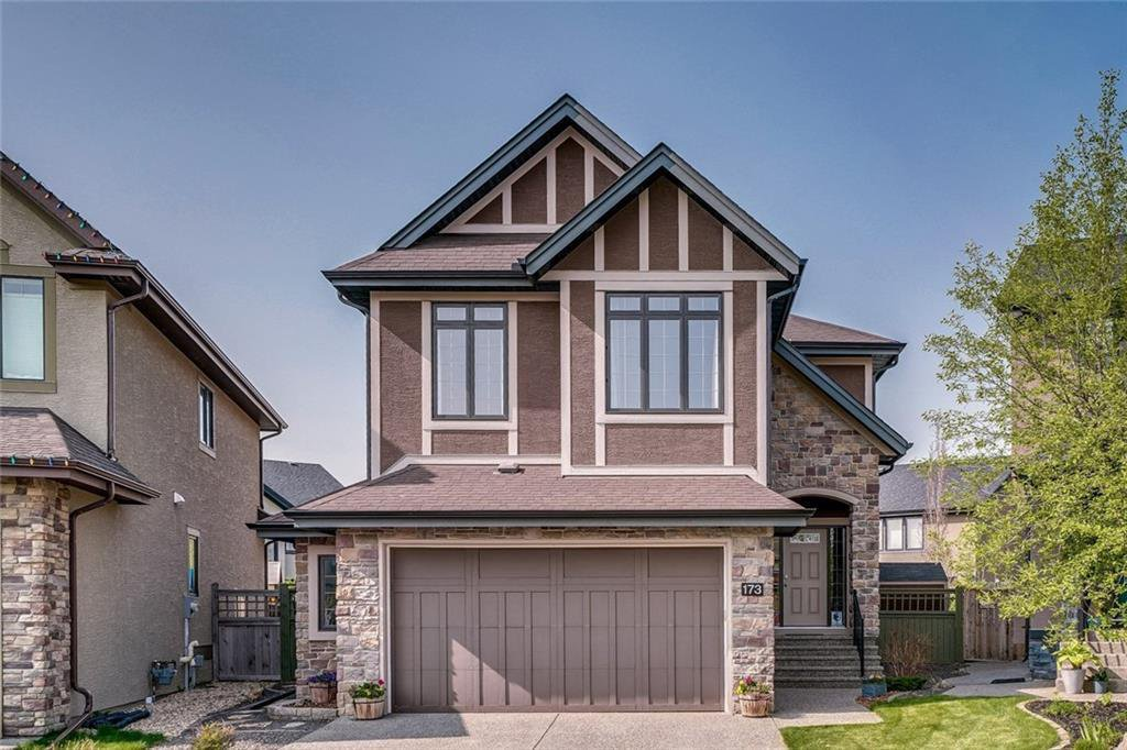 Main Photo: 173 WEST COACH Place SW in Calgary: West Springs Detached for sale : MLS®# C4248234