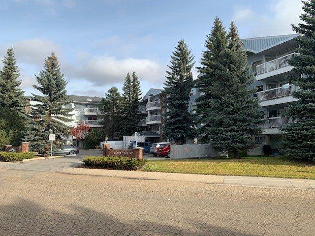 Main Photo: 112 15503 106 Street in Edmonton: Zone 27 Condo for sale : MLS®# E4177970