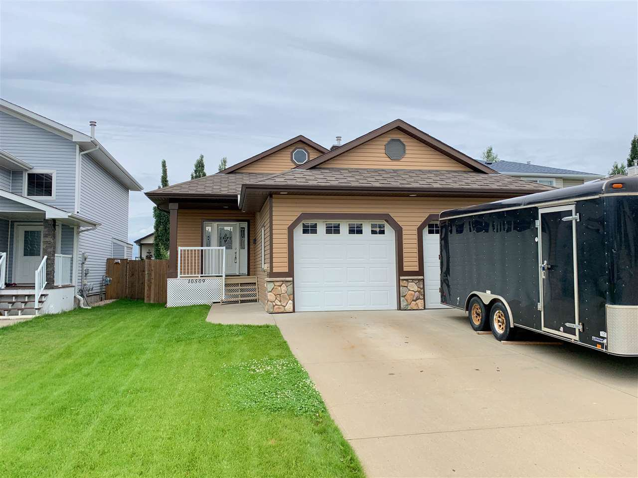 Main Photo: 10509 94 Street: Morinville House for sale : MLS®# E4187754