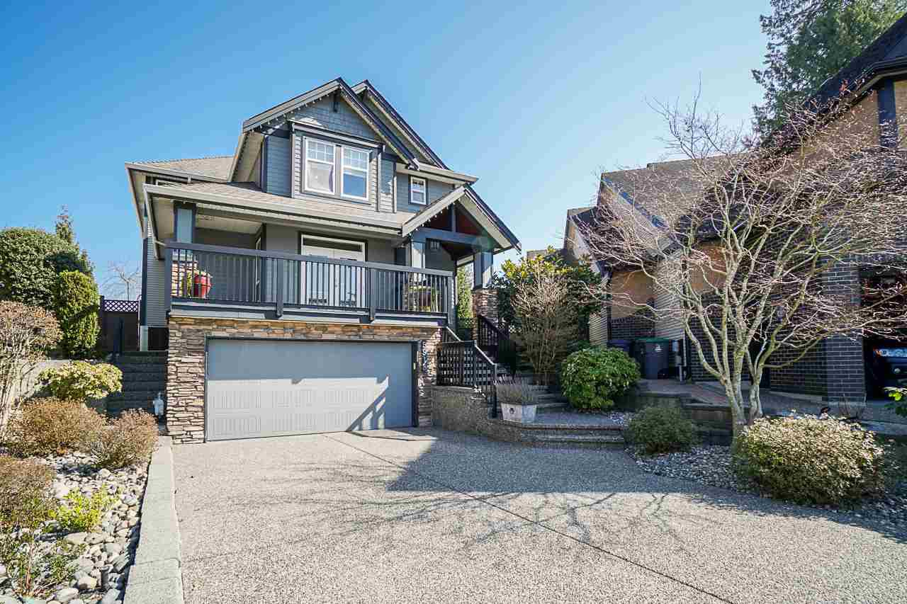 """Main Photo: 5918 165A Street in Surrey: Cloverdale BC House for sale in """"Bell Ridge Estates"""" (Cloverdale)  : MLS®# R2447901"""