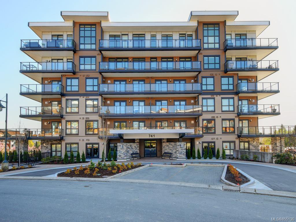Main Photo: 401 741 Travino Lane in : SW Royal Oak Condo Apartment for sale (Saanich West)  : MLS®# 855136