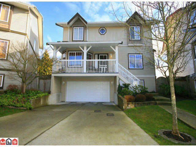 Main Photo: 20532 66A Avenue in Langley: Willoughby Heights House for sale : MLS®# F1203820
