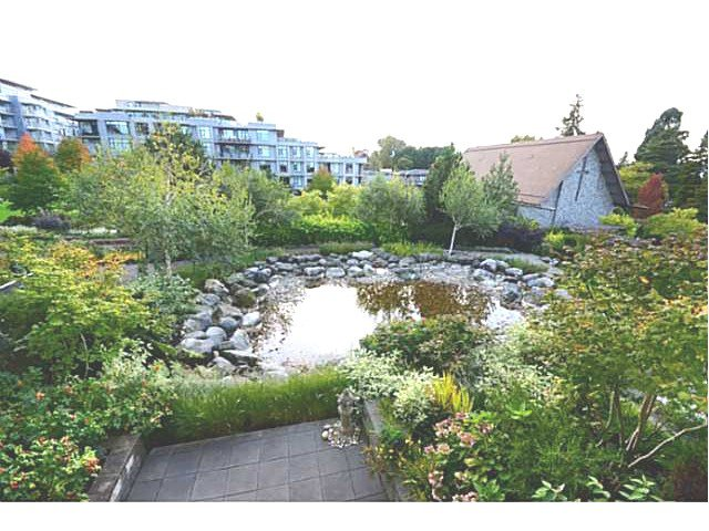 """Photo 9: Photos: 213 6015 IONA Drive in Vancouver: University VW Condo for sale in """"CHANCELLOR HOUSE"""" (Vancouver West)  : MLS®# V1052273"""
