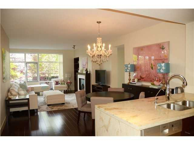 """Photo 3: Photos: 213 6015 IONA Drive in Vancouver: University VW Condo for sale in """"CHANCELLOR HOUSE"""" (Vancouver West)  : MLS®# V1052273"""