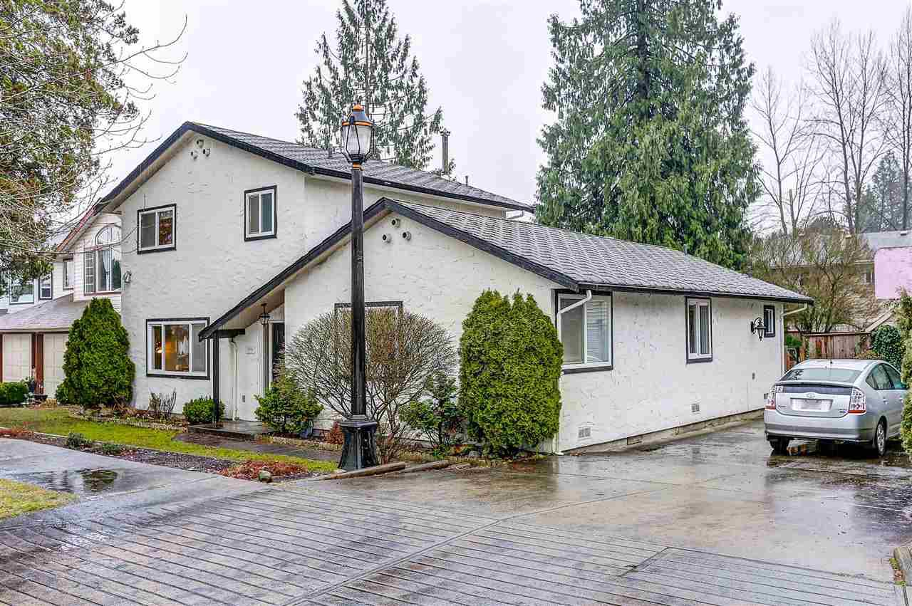 Main Photo: 19336 PARK Road in Pitt Meadows: Mid Meadows House for sale : MLS®# R2023419