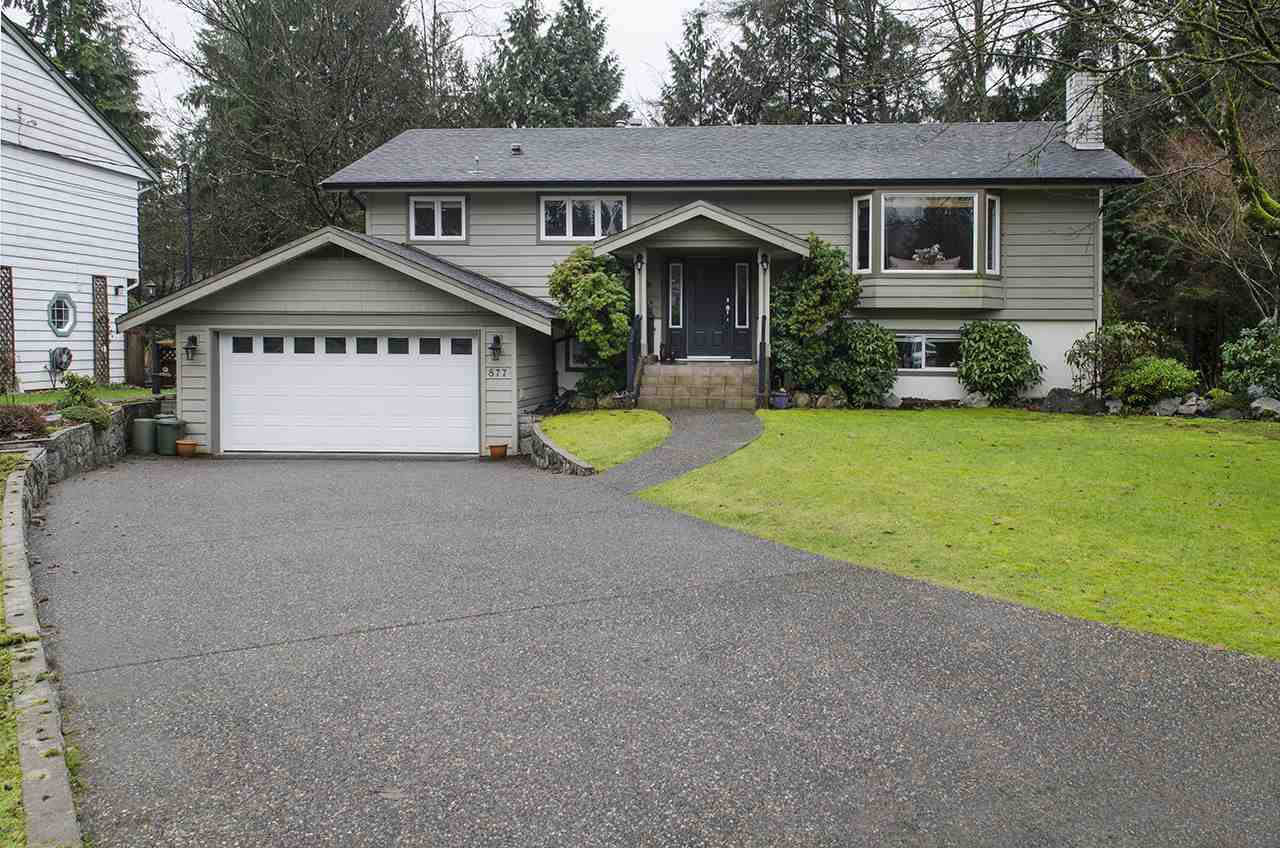 Main Photo: 877 ROSS Road in North Vancouver: Lynn Valley House for sale : MLS®# R2028383