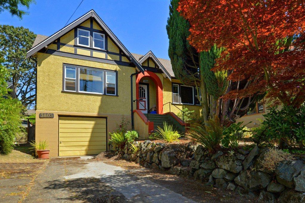 Main Photo: 3805 Quadra St in VICTORIA: SE Quadra House for sale (Saanich East)  : MLS®# 735444