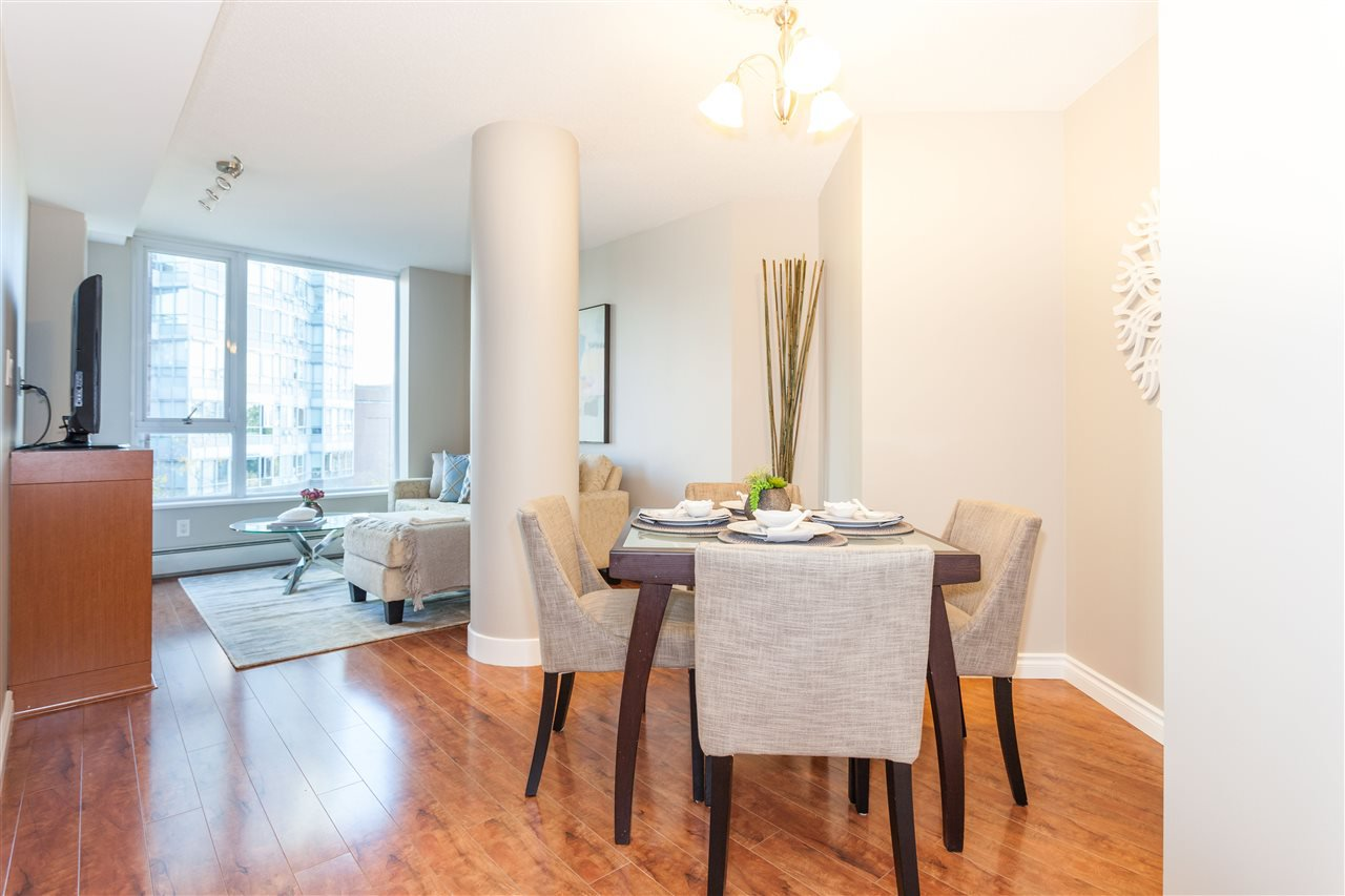 """Photo 3: Photos: 507 58 KEEFER Place in Vancouver: Downtown VW Condo for sale in """"FIRENZE 1"""" (Vancouver West)  : MLS®# R2112041"""