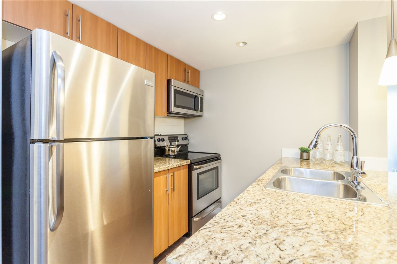 """Photo 9: Photos: 507 58 KEEFER Place in Vancouver: Downtown VW Condo for sale in """"FIRENZE 1"""" (Vancouver West)  : MLS®# R2112041"""