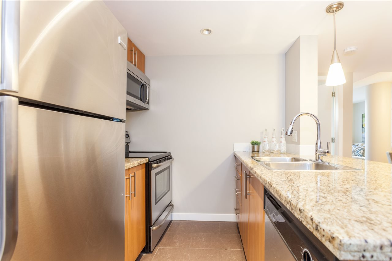 """Photo 10: Photos: 507 58 KEEFER Place in Vancouver: Downtown VW Condo for sale in """"FIRENZE 1"""" (Vancouver West)  : MLS®# R2112041"""