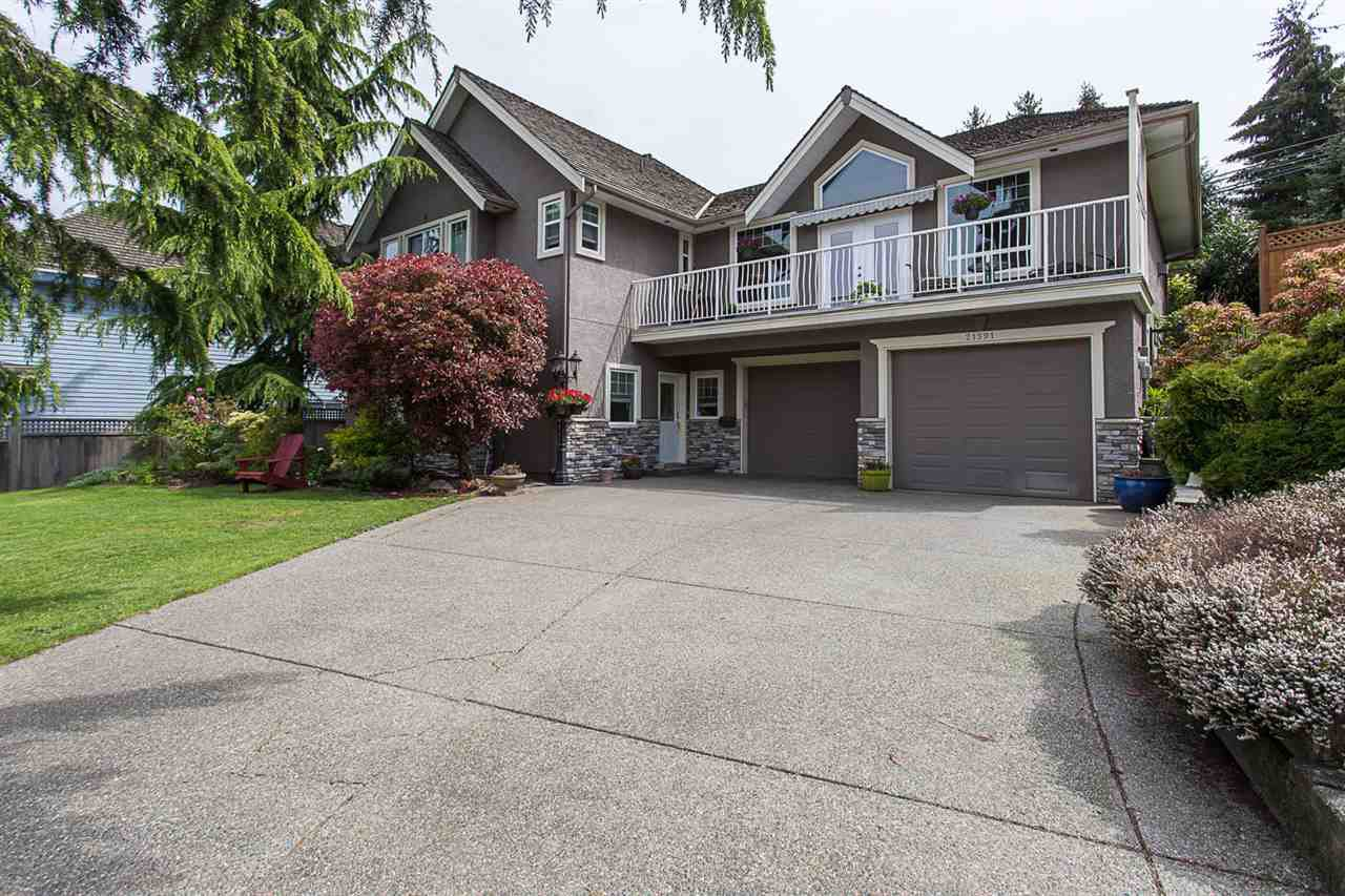 "Main Photo: 21591 47 Avenue in Langley: Murrayville House for sale in ""Macklin Corners Murrayville"" : MLS®# R2165388"