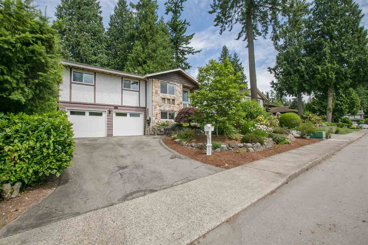 Main Photo: 747 SYDNEY Avenue in Coquitlam: Coquitlam West House for sale : MLS®# R2186504