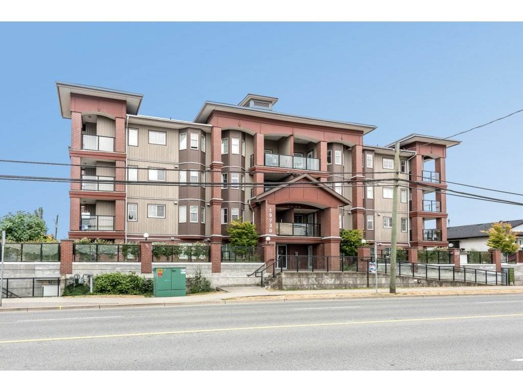 "Main Photo: 408 19730 56 Avenue in Langley: Langley City Condo for sale in ""Madison Place"" : MLS®# R2190912"