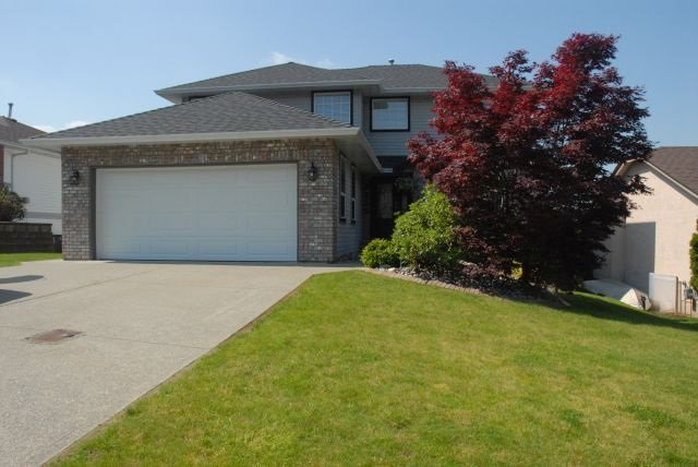 Main Photo: 3555 Picton St Upper in Abbotsford: Abbotsford East House for rent