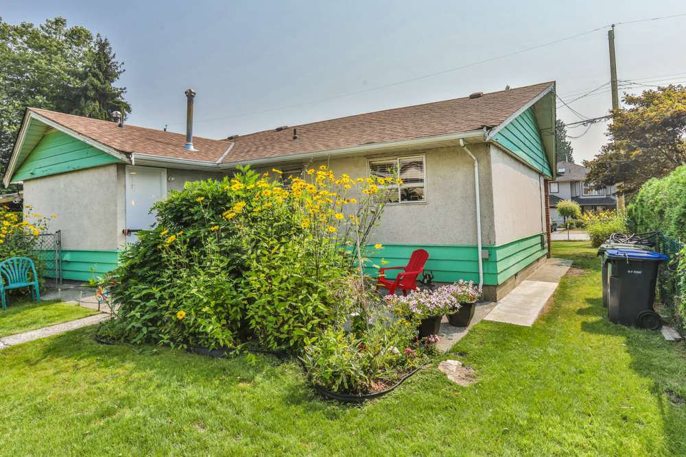 Photo 9: Photos: 1607 MANNING Avenue in Port Coquitlam: Glenwood PQ House for sale : MLS®# R2198813