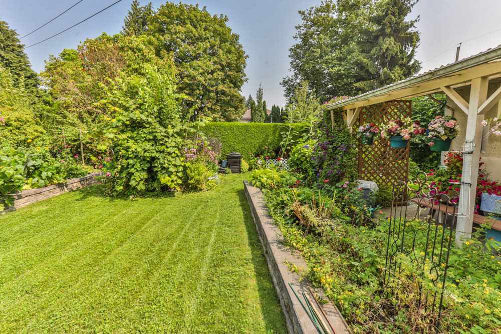 Photo 14: Photos: 1607 MANNING Avenue in Port Coquitlam: Glenwood PQ House for sale : MLS®# R2198813