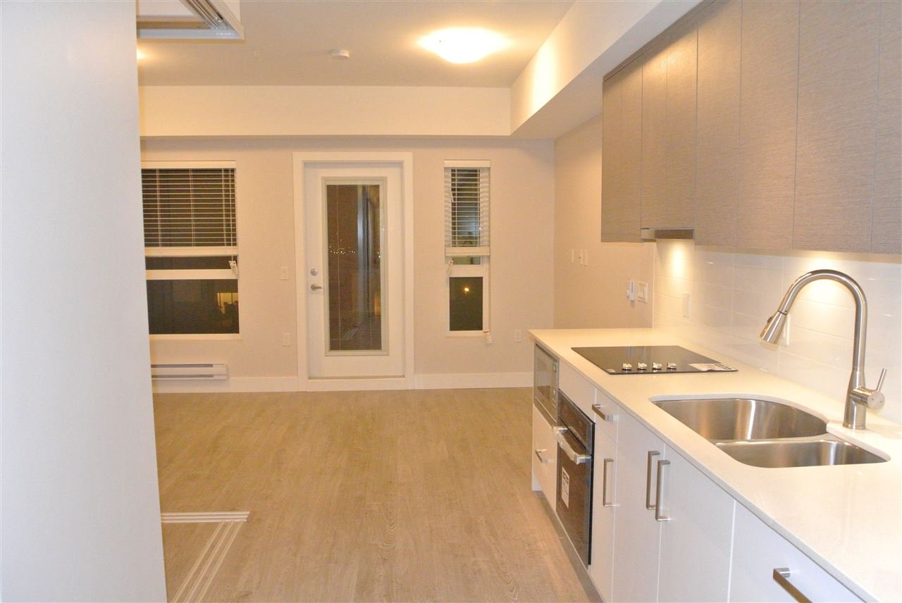 Photo 2: Photos: 512 809 FOURTH AVENUE in New Westminster: Uptown NW Condo for sale : MLS®# R2197311