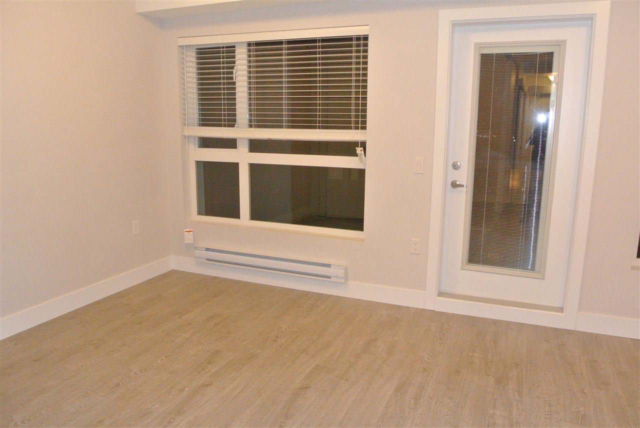 Photo 5: Photos: 512 809 FOURTH AVENUE in New Westminster: Uptown NW Condo for sale : MLS®# R2197311