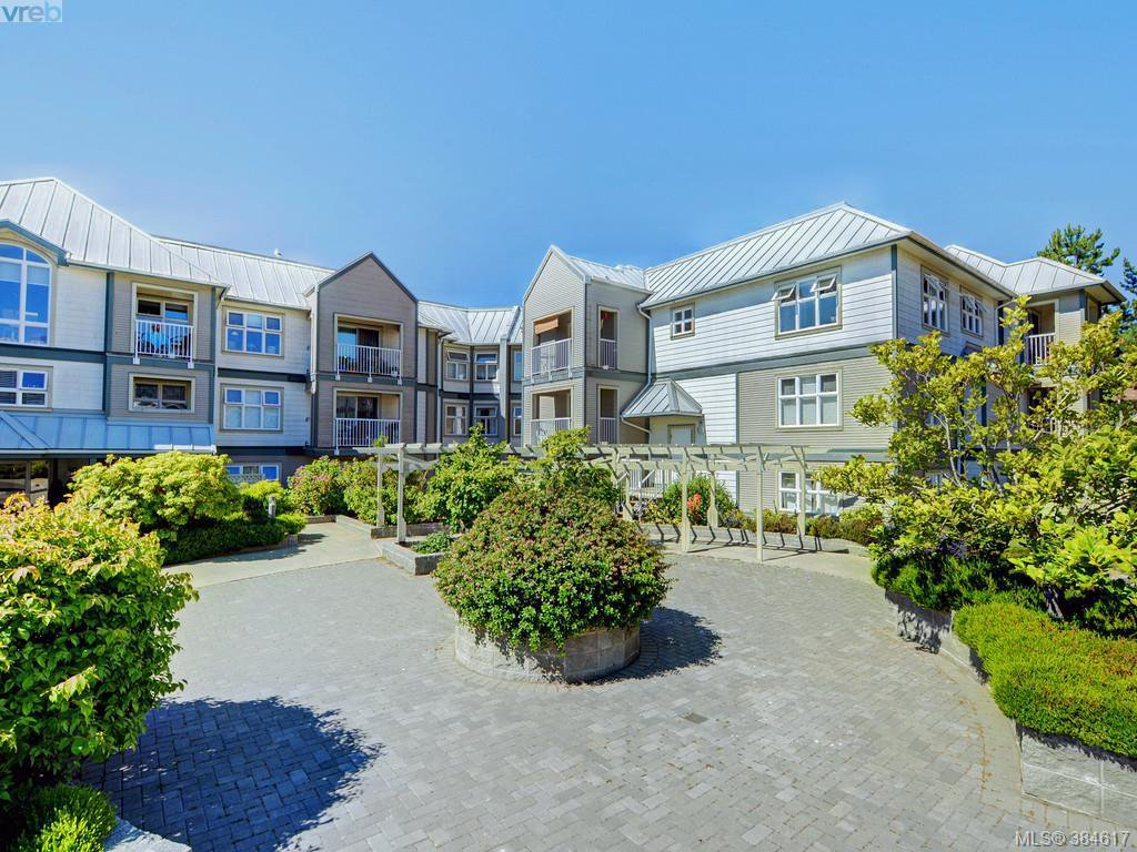 Main Photo: 211 3008 Washington Ave in VICTORIA: Vi Burnside Condo for sale (Victoria)  : MLS®# 773004