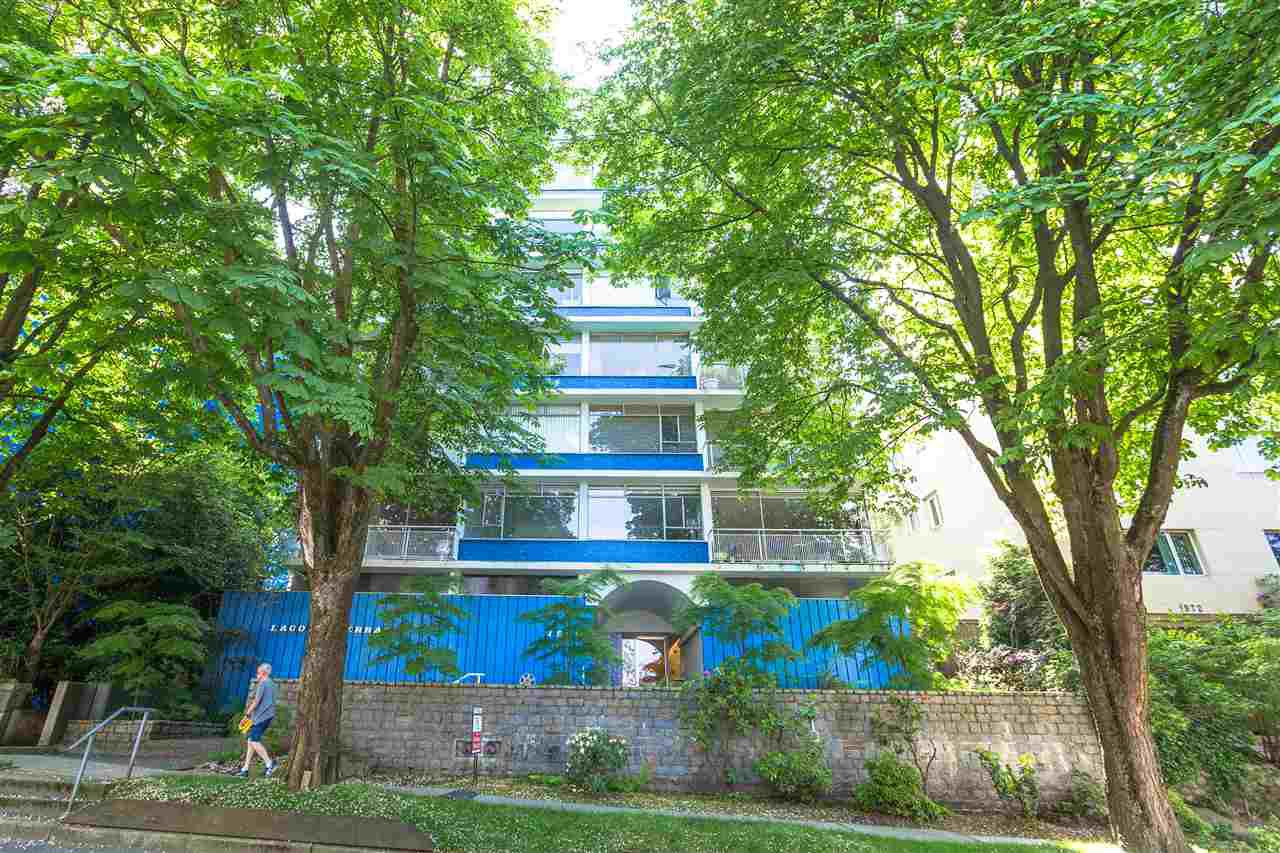 """Main Photo: 801 1960 ROBSON Street in Vancouver: West End VW Condo for sale in """"LAGOON TERRACE"""" (Vancouver West)  : MLS®# R2270838"""