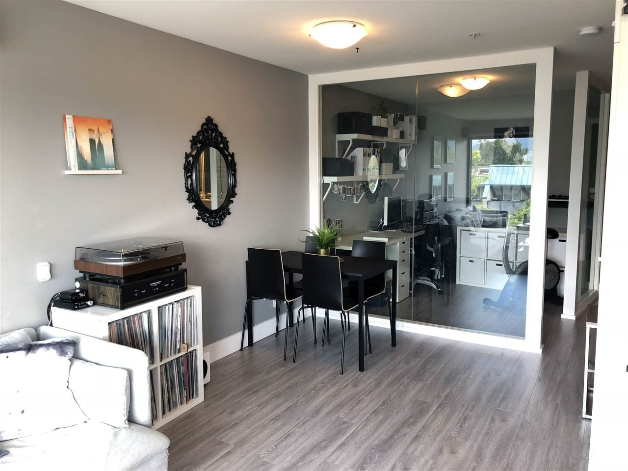 Photo 3: Photos: 404 2525 BLENHEIM Street in Vancouver: Kitsilano Condo for sale (Vancouver West)  : MLS®# R2278188