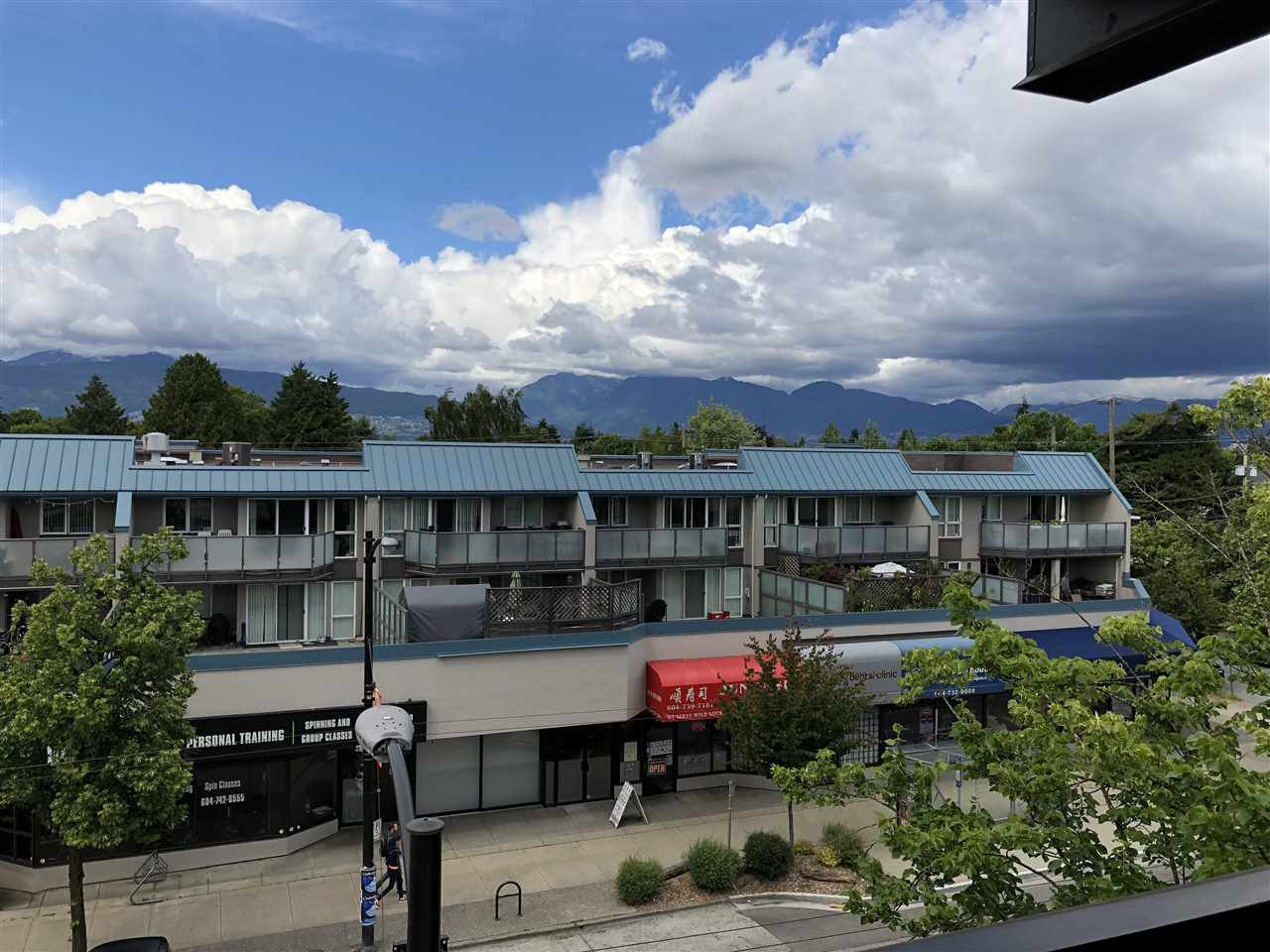 Photo 7: Photos: 404 2525 BLENHEIM Street in Vancouver: Kitsilano Condo for sale (Vancouver West)  : MLS®# R2278188