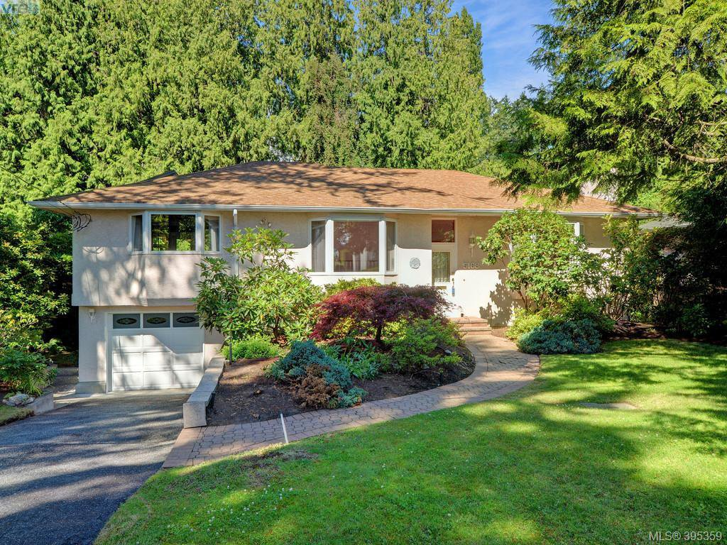 Main Photo: 5168 Del Monte Avenue in VICTORIA: SE Cordova Bay Single Family Detached for sale (Saanich East)  : MLS®# 395359
