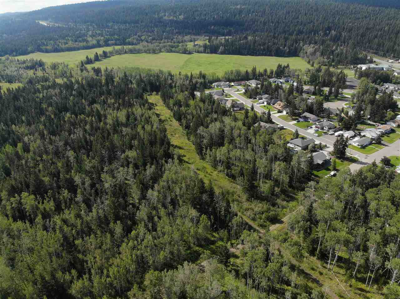 """Main Photo: LOT 1 CARIBOO Trail in 100 Mile House: 100 Mile House - Town Land for sale in """"ASPEN RIDGE"""" (100 Mile House (Zone 10))  : MLS®# R2300932"""