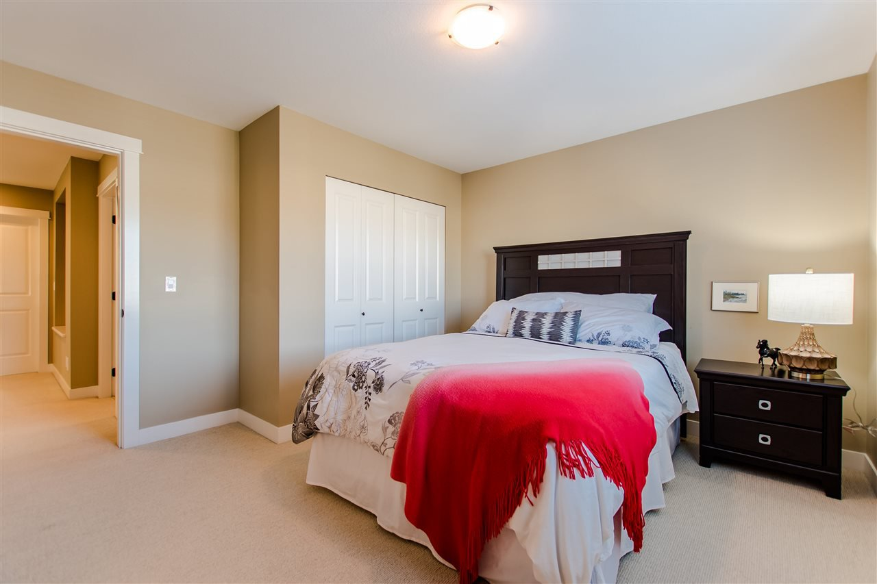 """Photo 14: Photos: 9423 CASIMIR Street in Langley: Fort Langley House for sale in """"Bedford Landing"""" : MLS®# R2339195"""