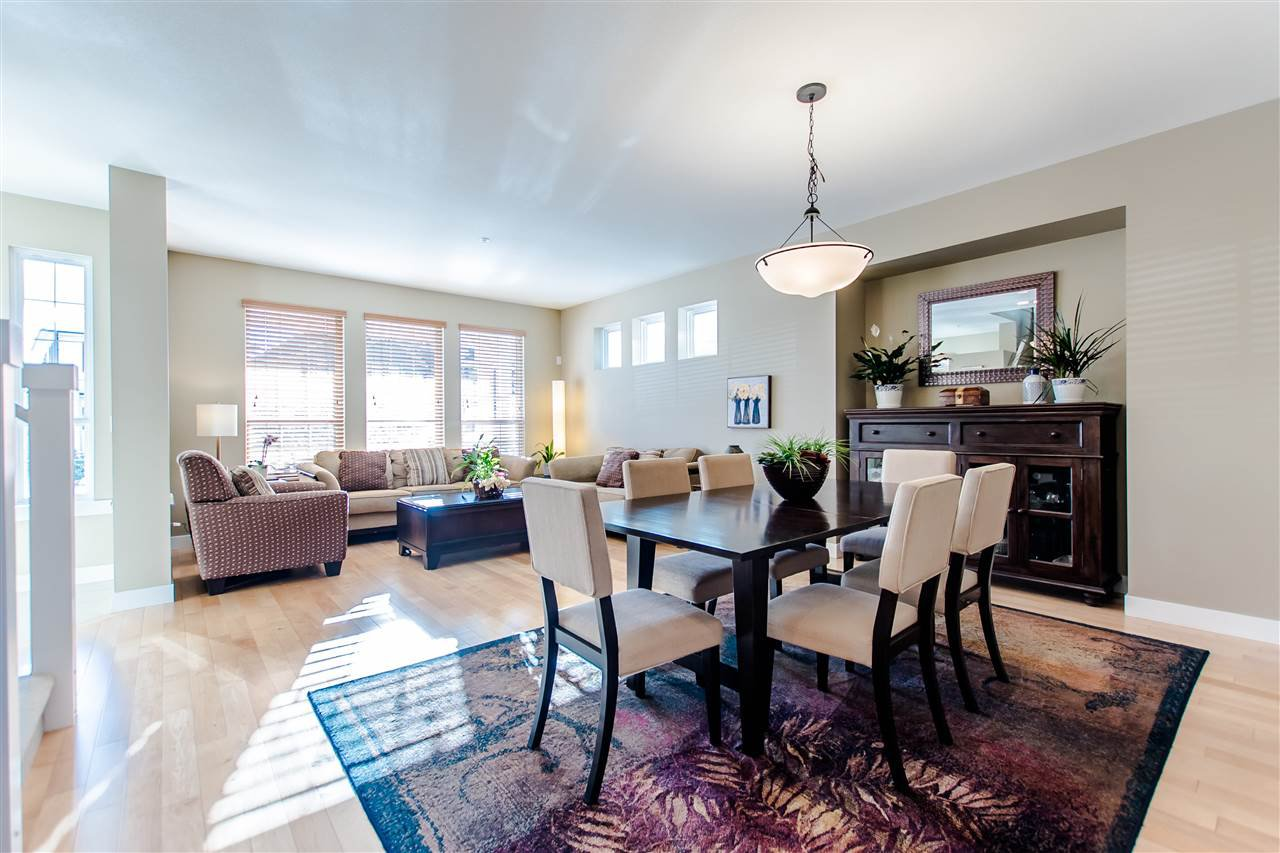 """Photo 4: Photos: 9423 CASIMIR Street in Langley: Fort Langley House for sale in """"Bedford Landing"""" : MLS®# R2339195"""