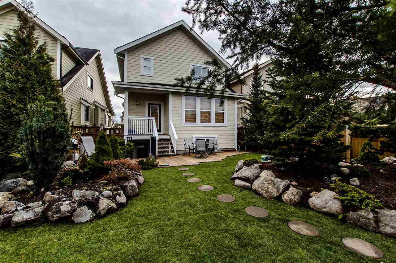 """Photo 19: Photos: 9423 CASIMIR Street in Langley: Fort Langley House for sale in """"Bedford Landing"""" : MLS®# R2339195"""
