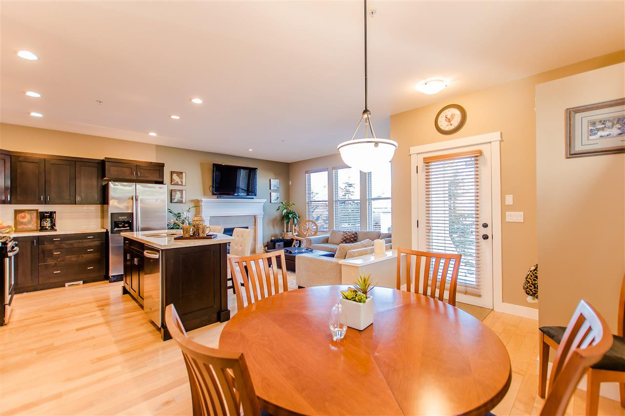"""Photo 8: Photos: 9423 CASIMIR Street in Langley: Fort Langley House for sale in """"Bedford Landing"""" : MLS®# R2339195"""