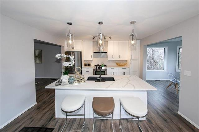 Photo 5: Photos: 39 Simsbury Place in Winnipeg: Linden Woods Residential for sale (1M)  : MLS®# 1911052