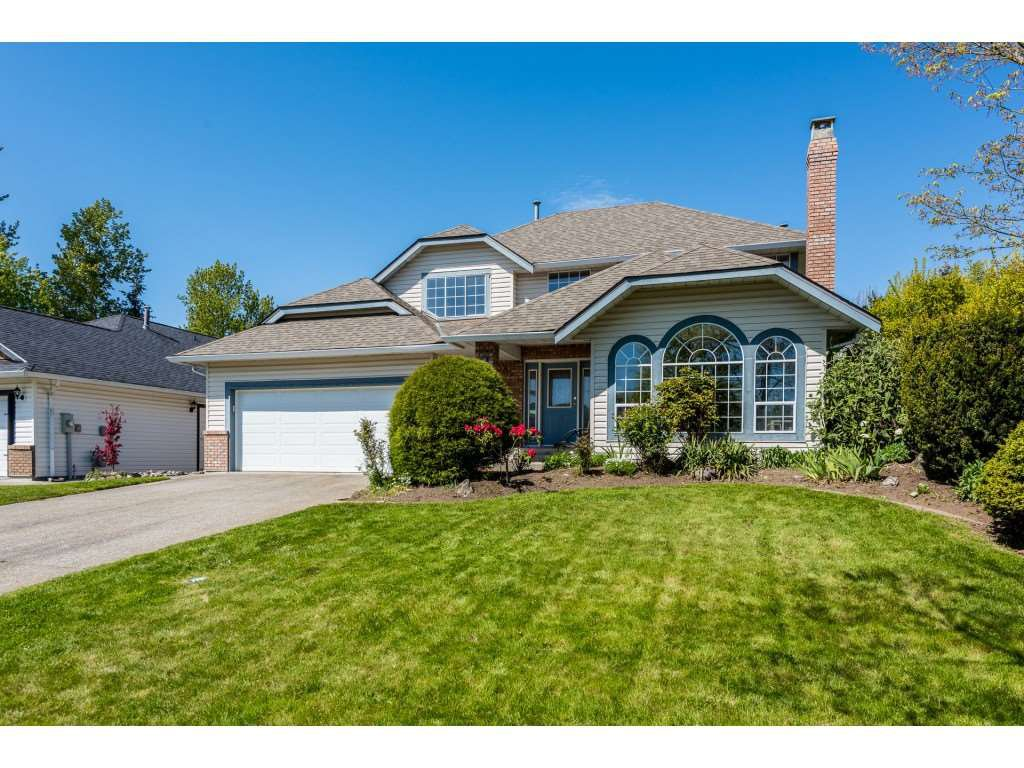 Main Photo: 18617 62A Avenue in Surrey: Cloverdale BC House for sale (Cloverdale)  : MLS®# R2365748
