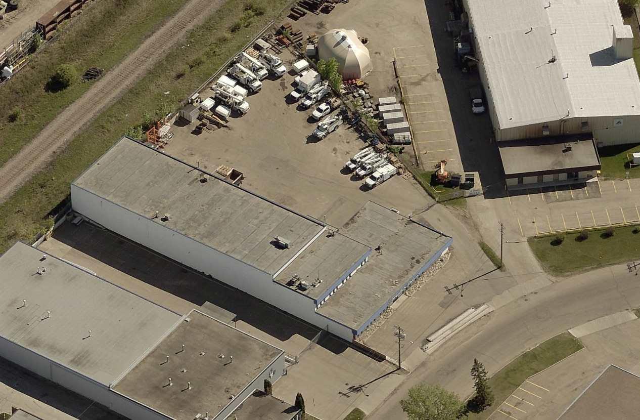 Main Photo: 8503 DAVIES Road in Edmonton: Zone 41 Industrial for sale : MLS®# E4160711