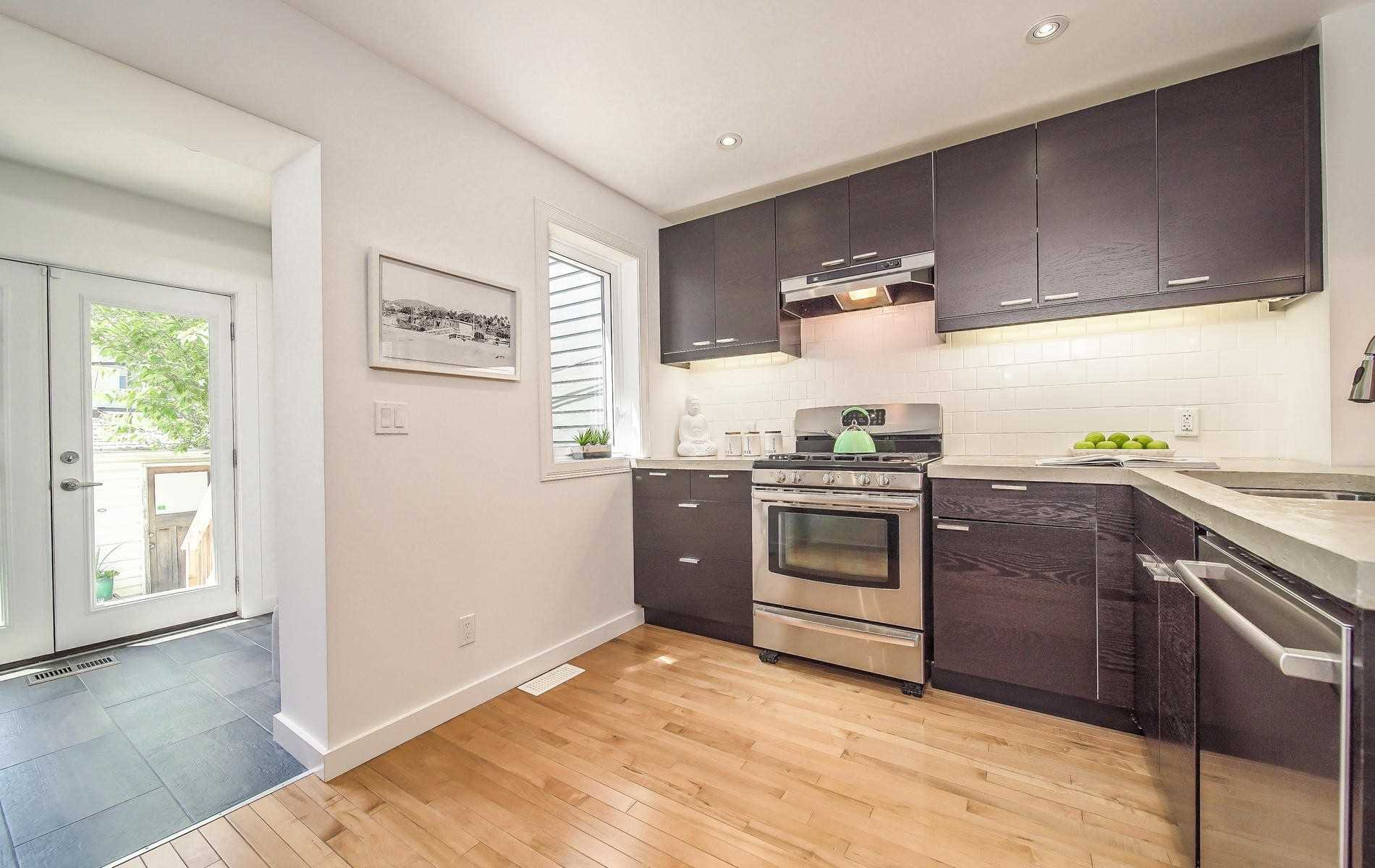 Photo 7: Photos: 64 Larchmount Avenue in Toronto: South Riverdale House (2-Storey) for sale (Toronto E01)  : MLS®# E4489752