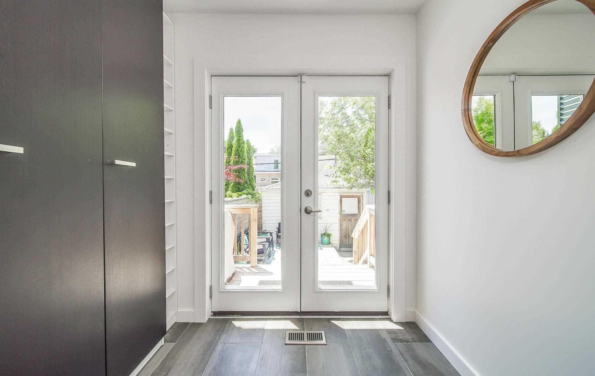 Photo 10: Photos: 64 Larchmount Avenue in Toronto: South Riverdale House (2-Storey) for sale (Toronto E01)  : MLS®# E4489752