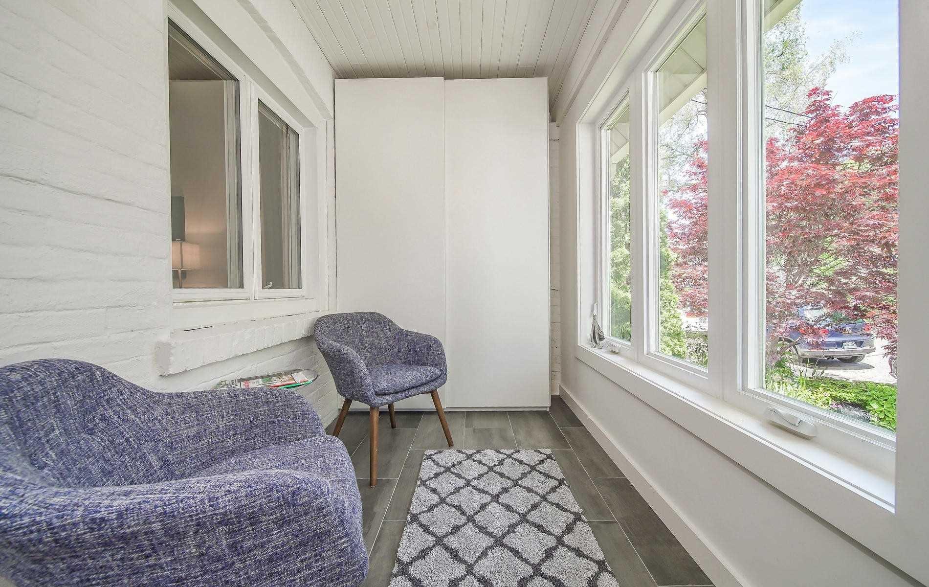 Photo 2: Photos: 64 Larchmount Avenue in Toronto: South Riverdale House (2-Storey) for sale (Toronto E01)  : MLS®# E4489752