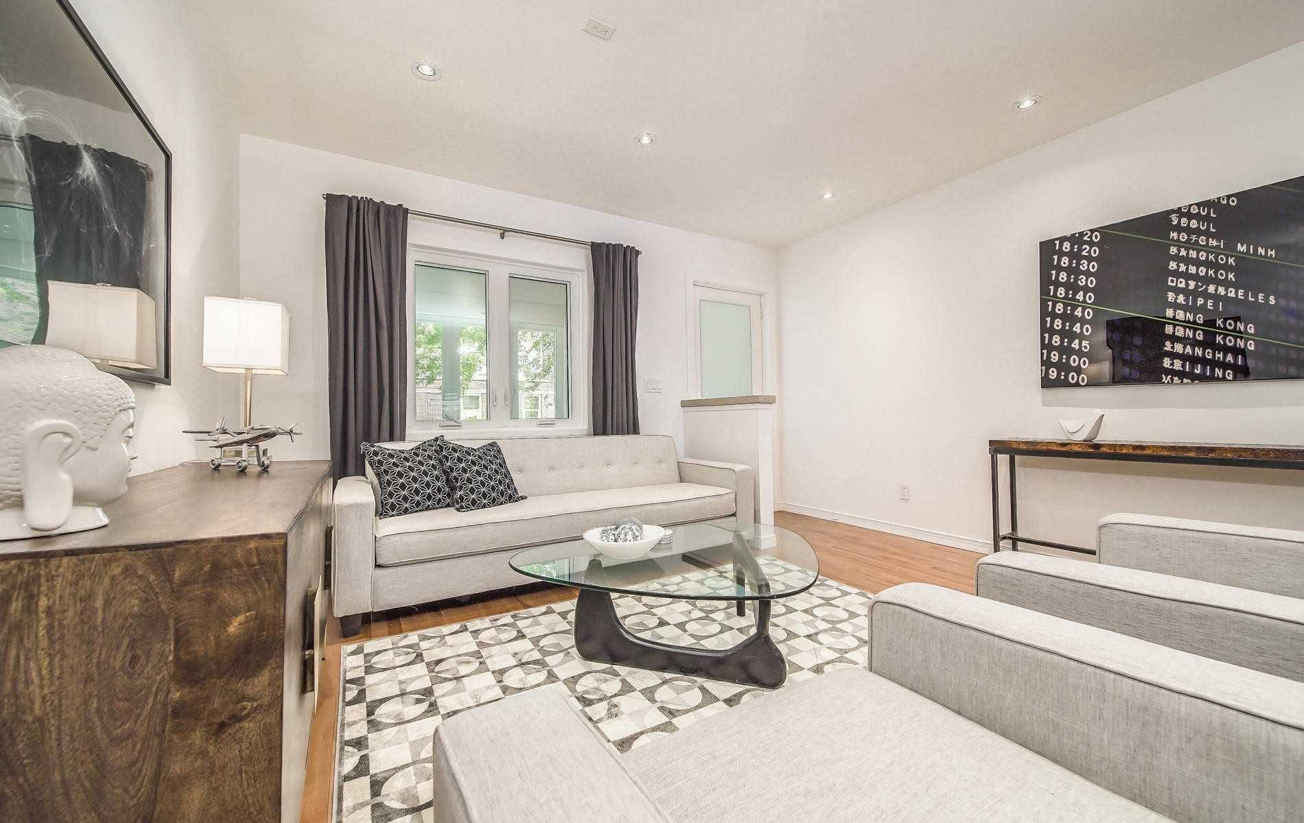 Photo 4: Photos: 64 Larchmount Avenue in Toronto: South Riverdale House (2-Storey) for sale (Toronto E01)  : MLS®# E4489752