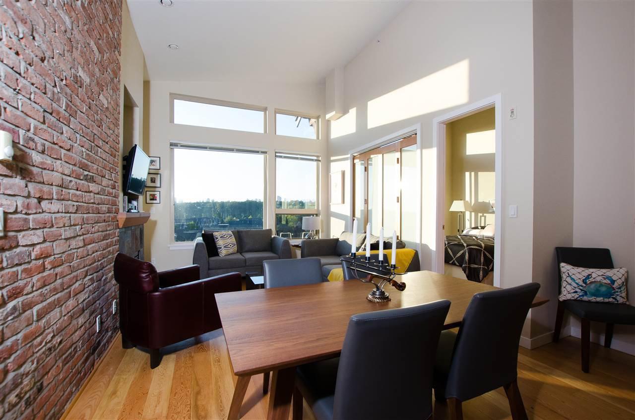"Photo 3: Photos: 410 240 SALTER Street in New Westminster: Queensborough Condo for sale in ""REGATTA"" : MLS®# R2403405"