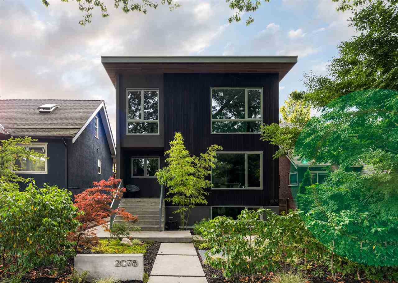 """Main Photo: 2078 E 7TH Avenue in Vancouver: Grandview Woodland House for sale in """"THE DRIVE"""" (Vancouver East)  : MLS®# R2403665"""