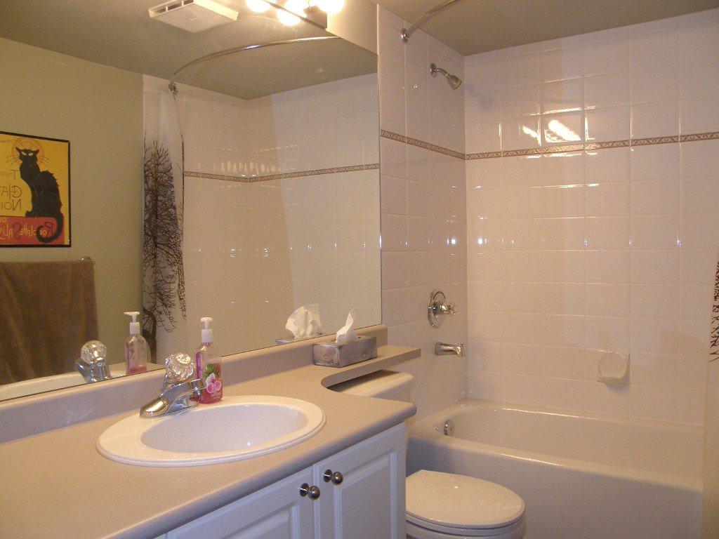 """Photo 9: Photos: 236 5880 DOVER Crescent in Richmond: Riverdale RI Condo for sale in """"WATERSIDE"""" : MLS®# V1104852"""