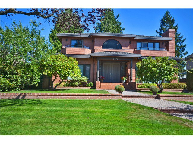 """Main Photo: 6672 MONTGOMERY Street in Vancouver: South Granville House for sale in """"SOUTH GRANVILLE"""" (Vancouver West)  : MLS®# V1106060"""