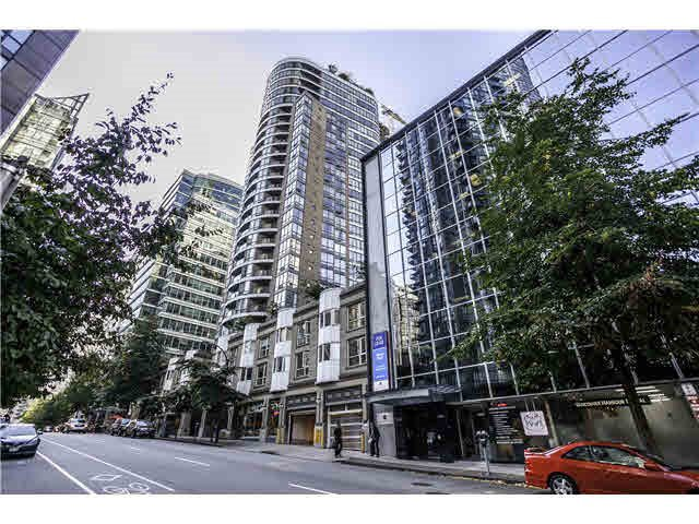 "Main Photo: 1906 1166 MELVILLE Street in Vancouver: Coal Harbour Condo for sale in ""COAL HARBOUR ORCA PLACE"" (Vancouver West)  : MLS®# R2003587"