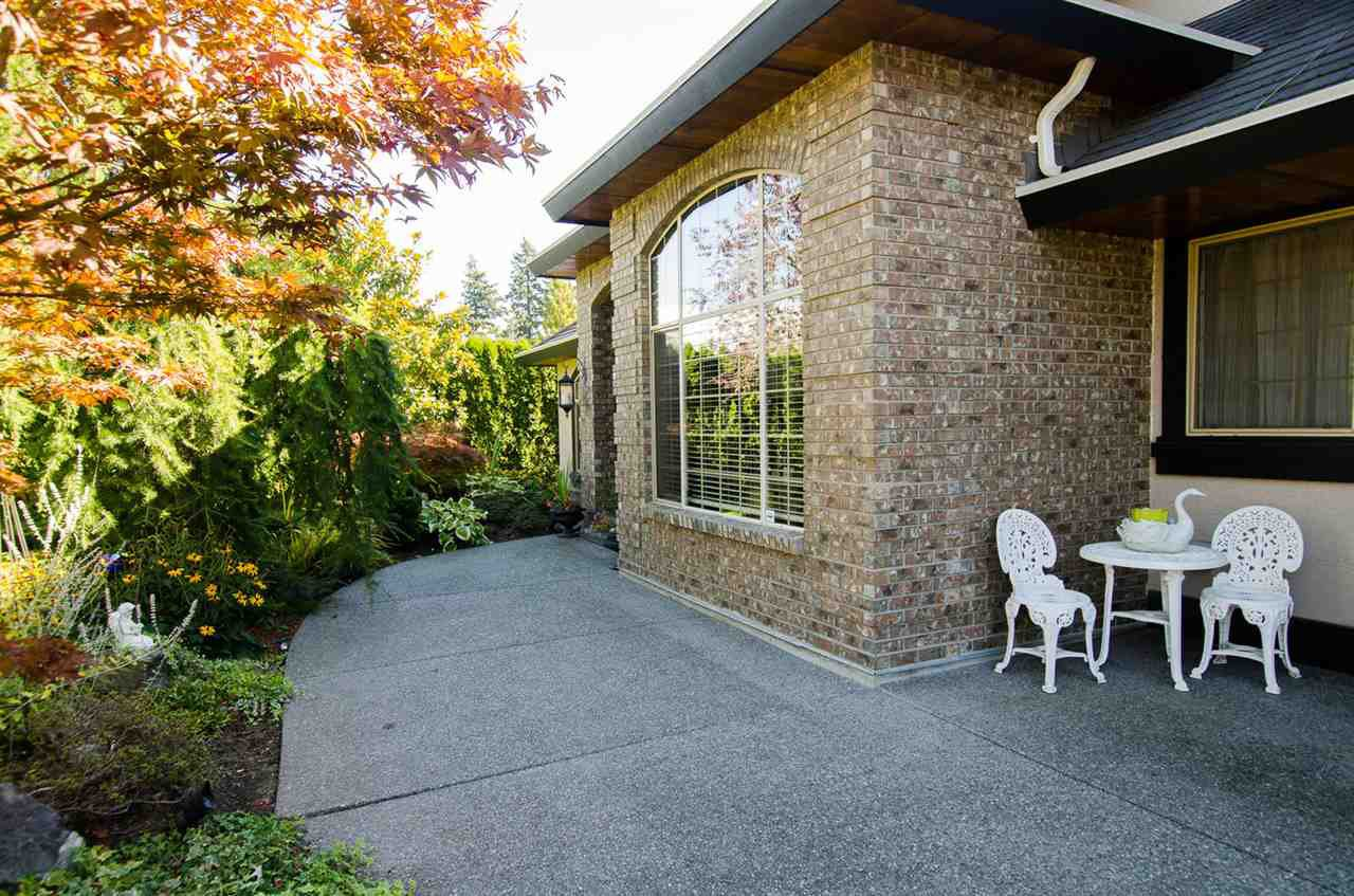 """Photo 2: Photos: 14164 32ND Avenue in Surrey: Elgin Chantrell House for sale in """"Elgin Park"""" (South Surrey White Rock)  : MLS®# R2003621"""