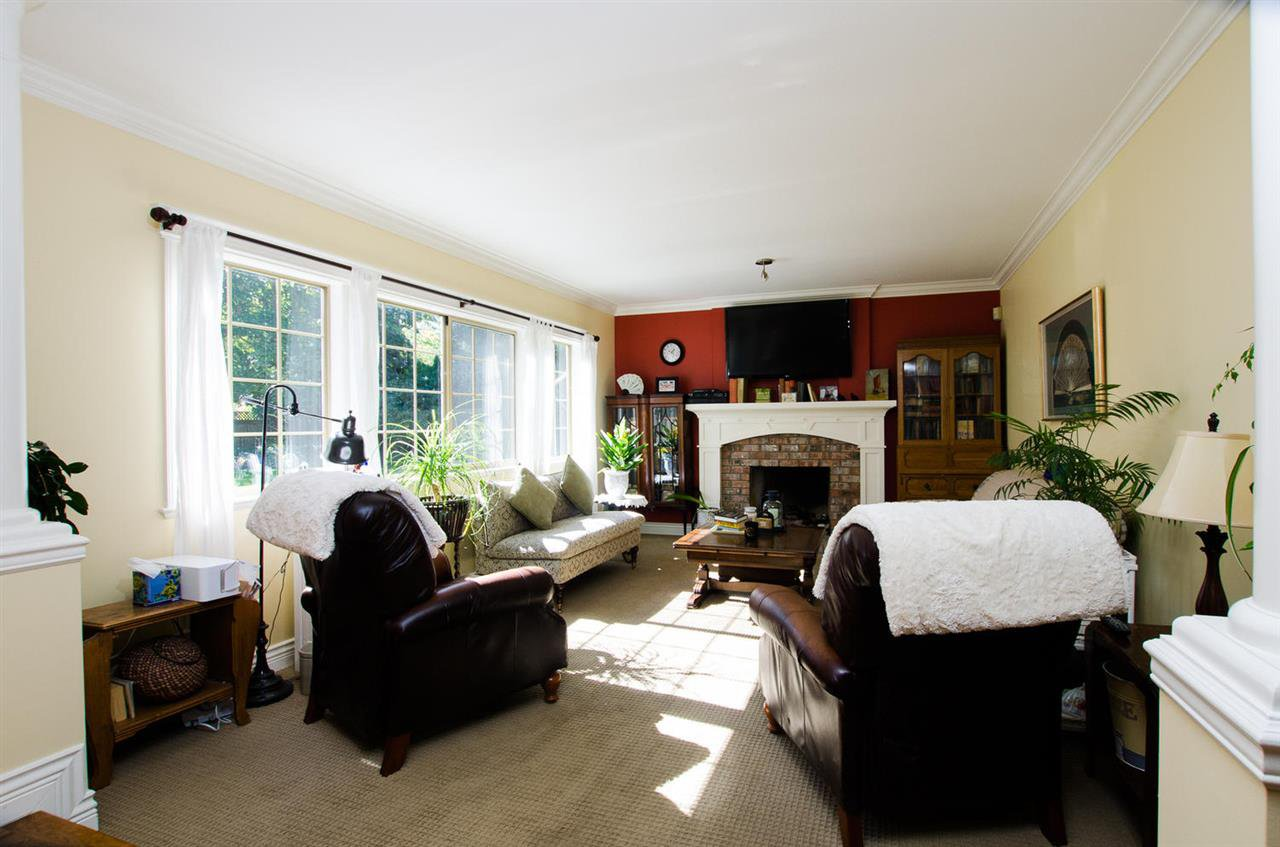 """Photo 10: Photos: 14164 32ND Avenue in Surrey: Elgin Chantrell House for sale in """"Elgin Park"""" (South Surrey White Rock)  : MLS®# R2003621"""