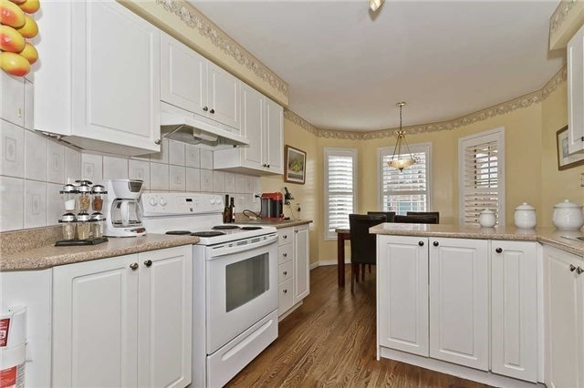 Photo 15: Photos: 2945 Addison Street in Burlington: Rose House (Bungaloft) for sale : MLS®# W3424189