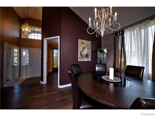 Photo 3: Photos: 30 Peach Bay in Oakbank: Anola / Dugald / Hazelridge / Oakbank / Vivian Residential for sale (Winnipeg area)  : MLS®# 1606650