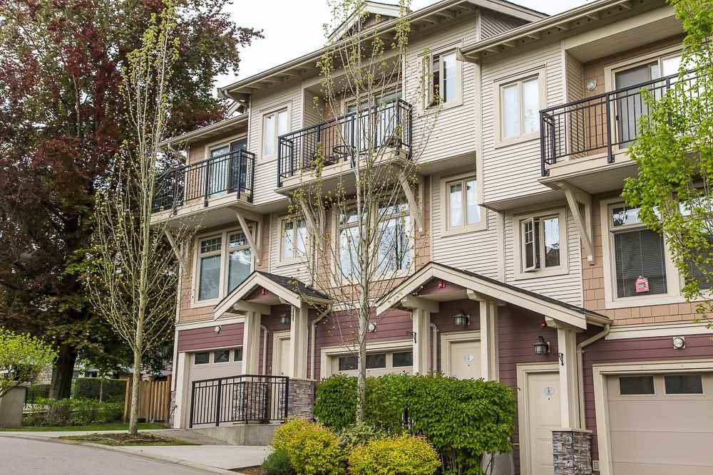 "Main Photo: 2 245 FRANCIS Way in New Westminster: Fraserview NW Townhouse for sale in ""GLENBOOK TOWNHOUSE"" : MLS®# R2060767"